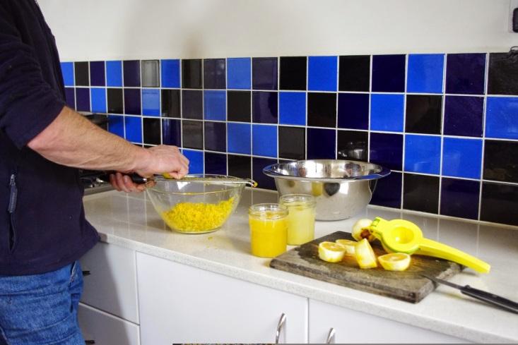 http://2.bp.blogspot.com/-VUvdkmeP_gc/U-grKFrLV8I/AAAAAAAAAOw/INAd2Vi-Pdc/s1600/Preserving+lemons.jpg