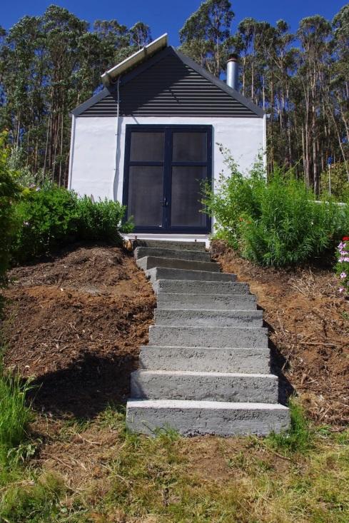 http://3.bp.blogspot.com/-nFEaC9GHfDg/VGCSwiRoVEI/AAAAAAAAAfs/k_zYn_P65fg/s1600/Stairs%2Bnow%2Bdone.jpg